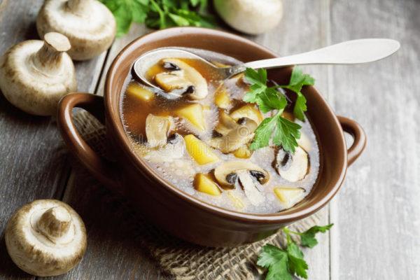 Суп из замороженных грибов.